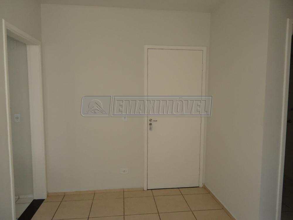 Alugar Apartamento / Padrão em Sorocaba R$ 800,00 - Foto 3