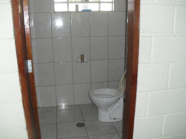 Alugar Comercial / Galpões em Sorocaba apenas R$ 2.500,00 - Foto 12