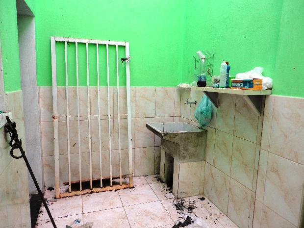 Alugar Comercial / Galpões em Sorocaba apenas R$ 1.500,00 - Foto 9