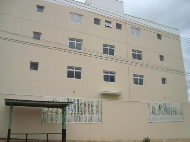 Alugar Apartamento / Padrão em Sorocaba R$ 751,19 - Foto 1