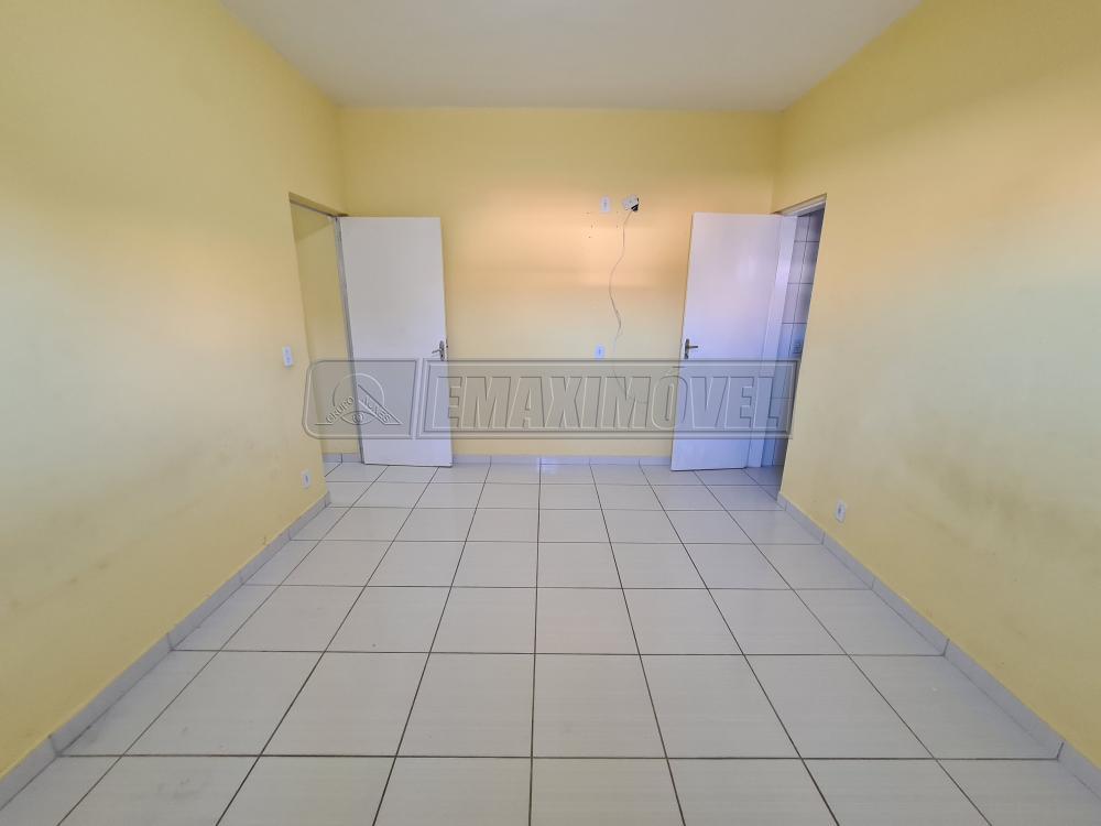 Alugar Casa / em Bairros em Sorocaba R$ 850,00 - Foto 12