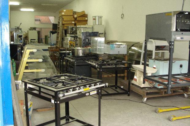 Alugar Salão Comercial / Negócios em Sorocaba R$ 3.000,00 - Foto 2