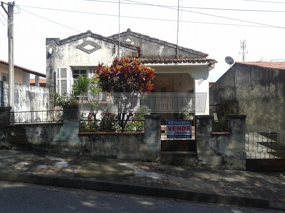Comprar Casas / em Bairros em Sorocaba. apenas R$ 350.000,00