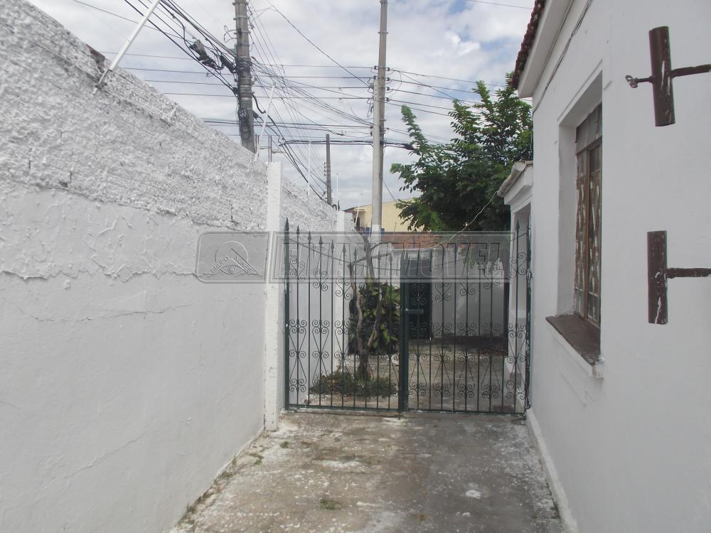 Alugar Casa / em Bairros em Sorocaba R$ 850,00 - Foto 14