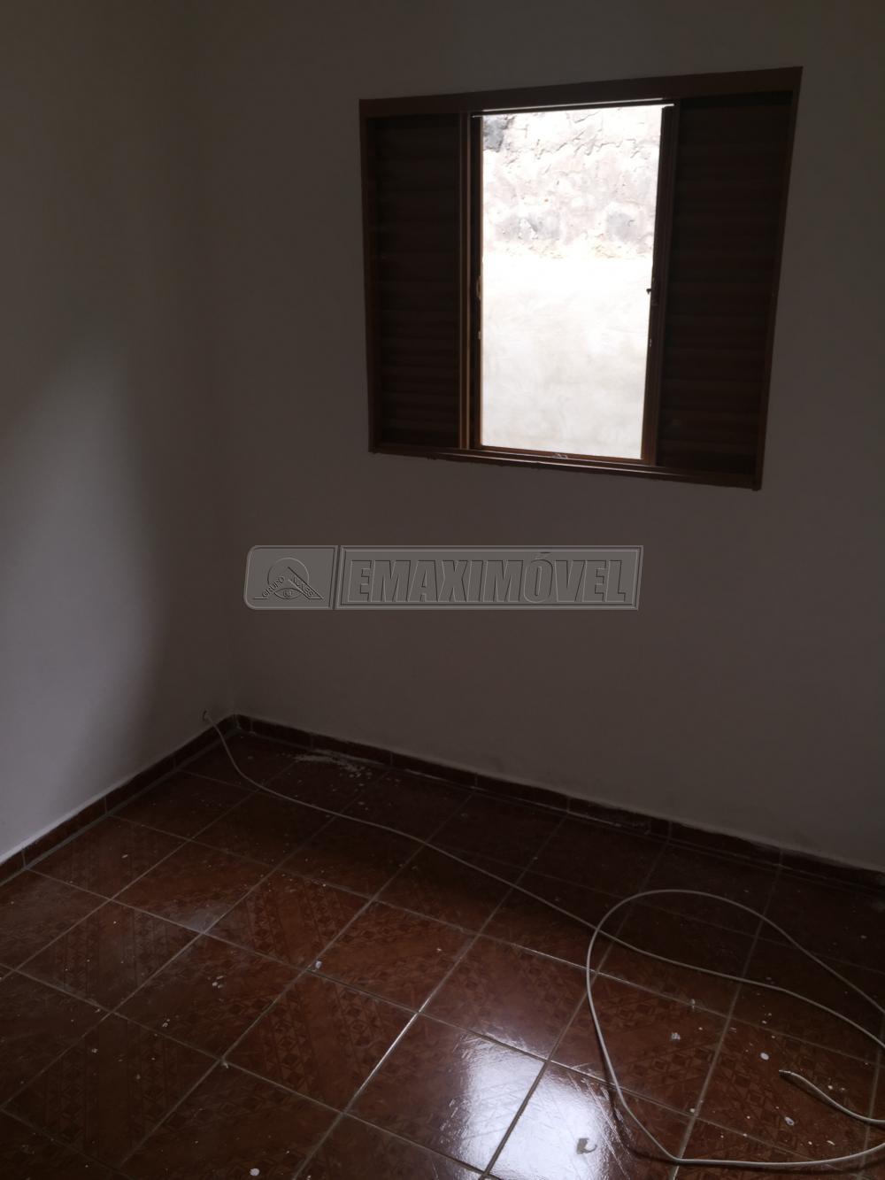 Alugar Casa / em Bairros em Sorocaba R$ 850,00 - Foto 7
