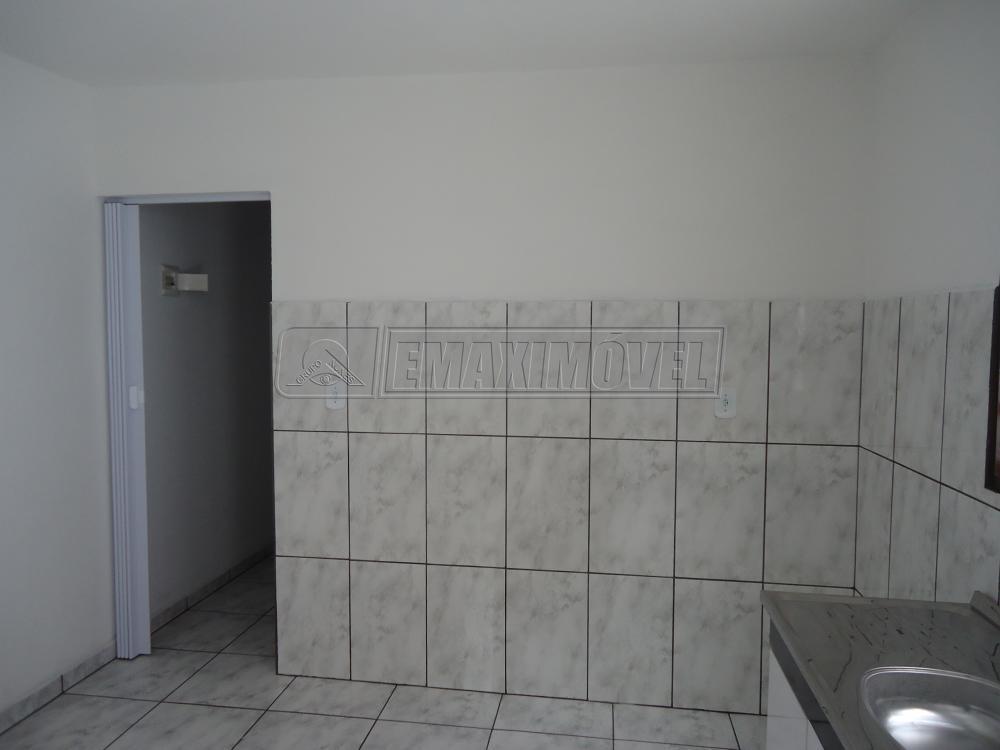 Alugar Apartamento / Kitnet em Sorocaba R$ 750,00 - Foto 3