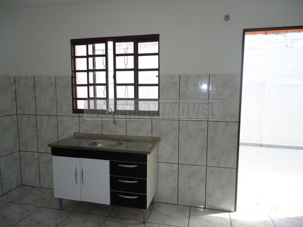 Alugar Apartamento / Kitnet em Sorocaba R$ 750,00 - Foto 4