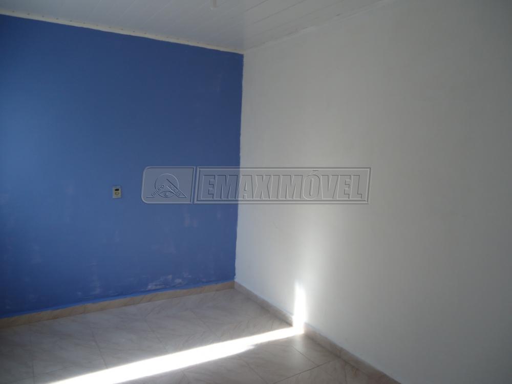 Alugar Casas / em Bairros em Sorocaba apenas R$ 400,00 - Foto 3