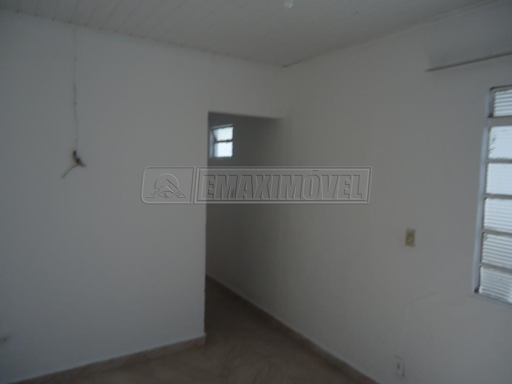 Alugar Casas / em Bairros em Sorocaba apenas R$ 400,00 - Foto 4