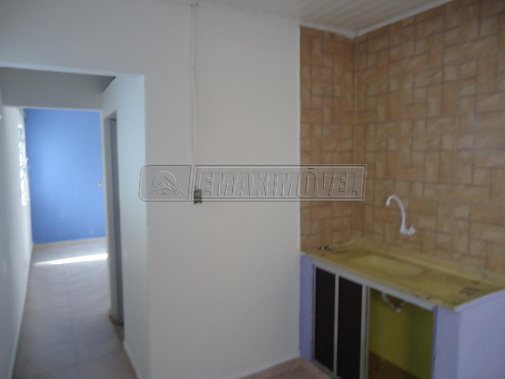 Alugar Casas / em Bairros em Sorocaba apenas R$ 400,00 - Foto 8
