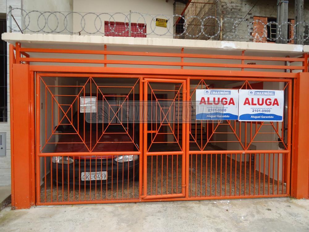 Alugar Casa / em Bairros em Sorocaba R$ 650,00 - Foto 1