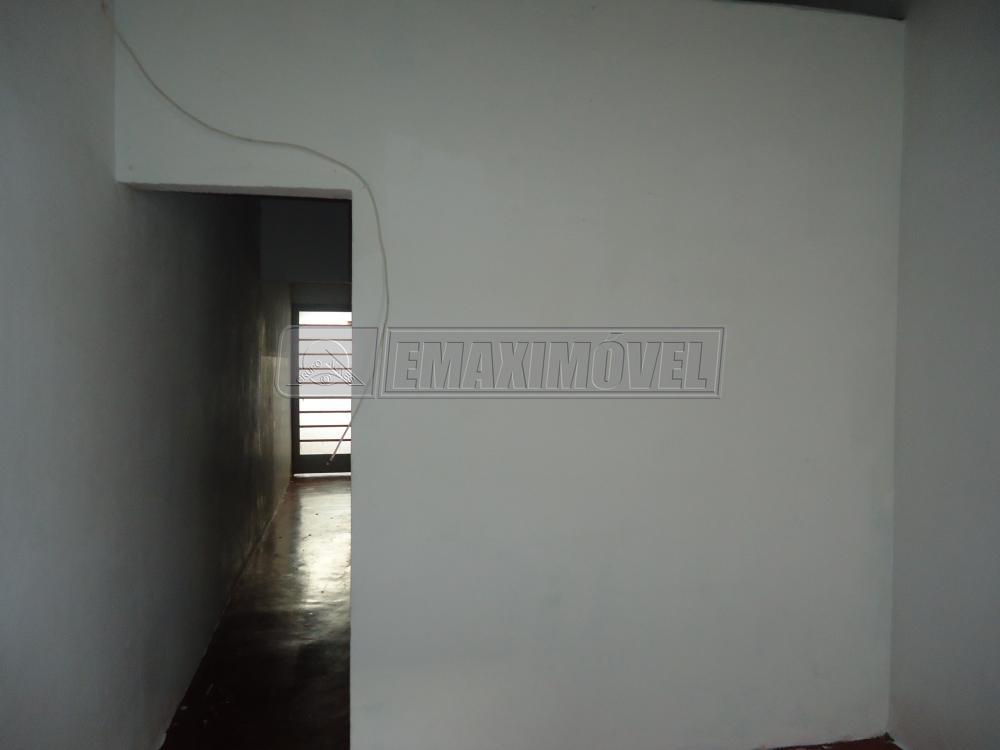 Alugar Casa / em Bairros em Sorocaba R$ 500,00 - Foto 2