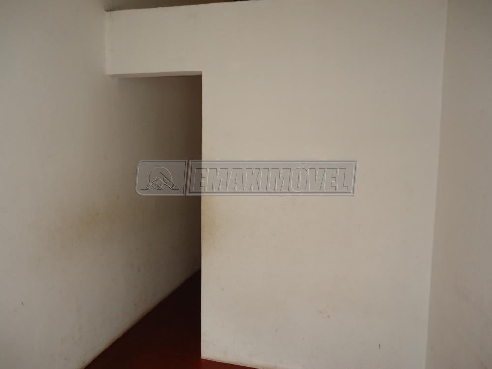Alugar Casa / em Bairros em Sorocaba R$ 450,00 - Foto 4