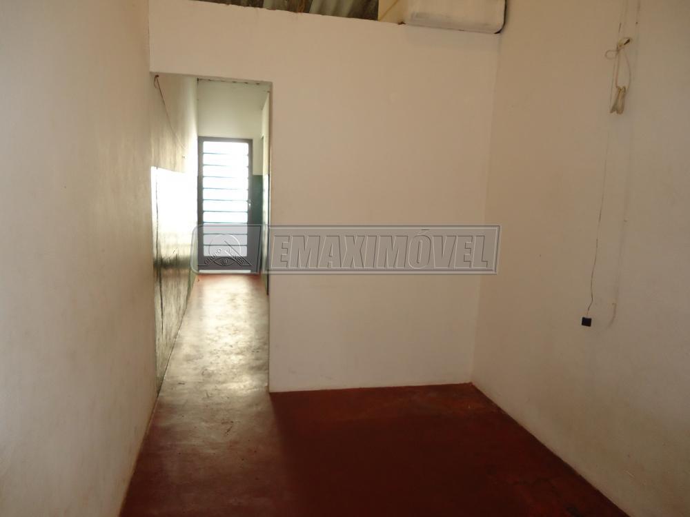 Alugar Casa / em Bairros em Sorocaba R$ 450,00 - Foto 6
