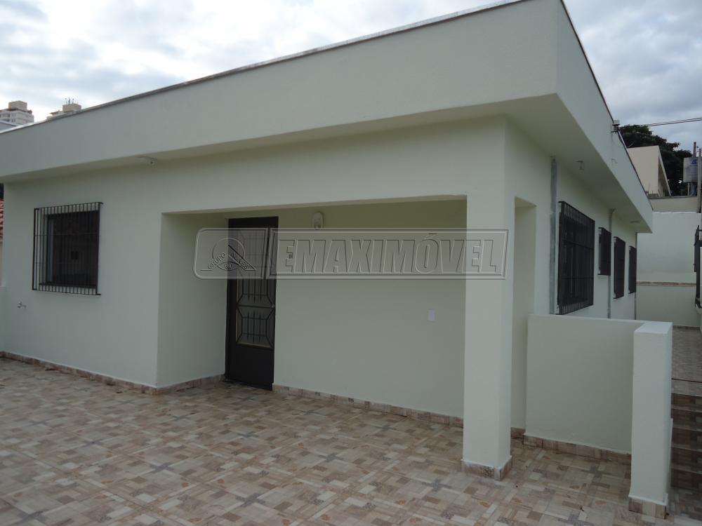 Alugar Casa / em Bairros em Sorocaba R$ 2.300,00 - Foto 2