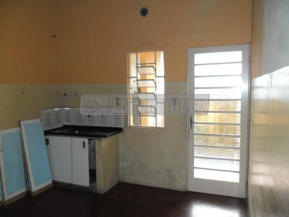 Alugar Casa / em Bairros em Sorocaba R$ 430,00 - Foto 8