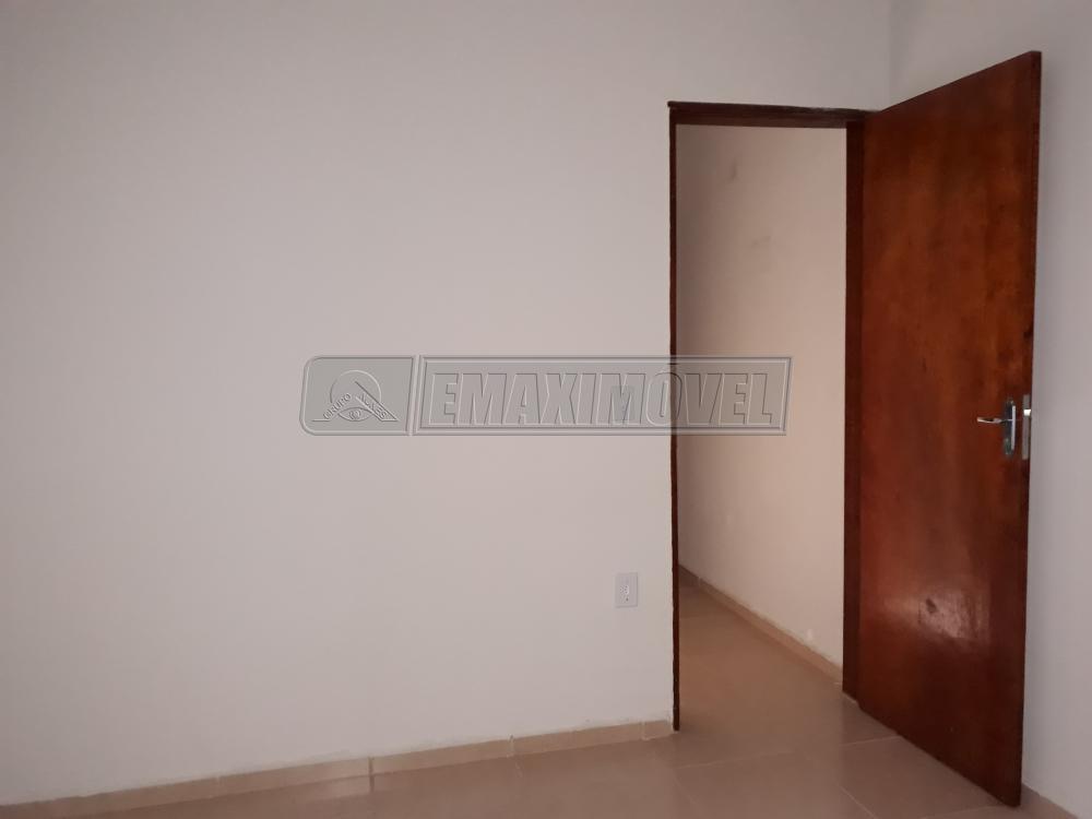 Alugar Casa / em Bairros em Sorocaba R$ 950,00 - Foto 6