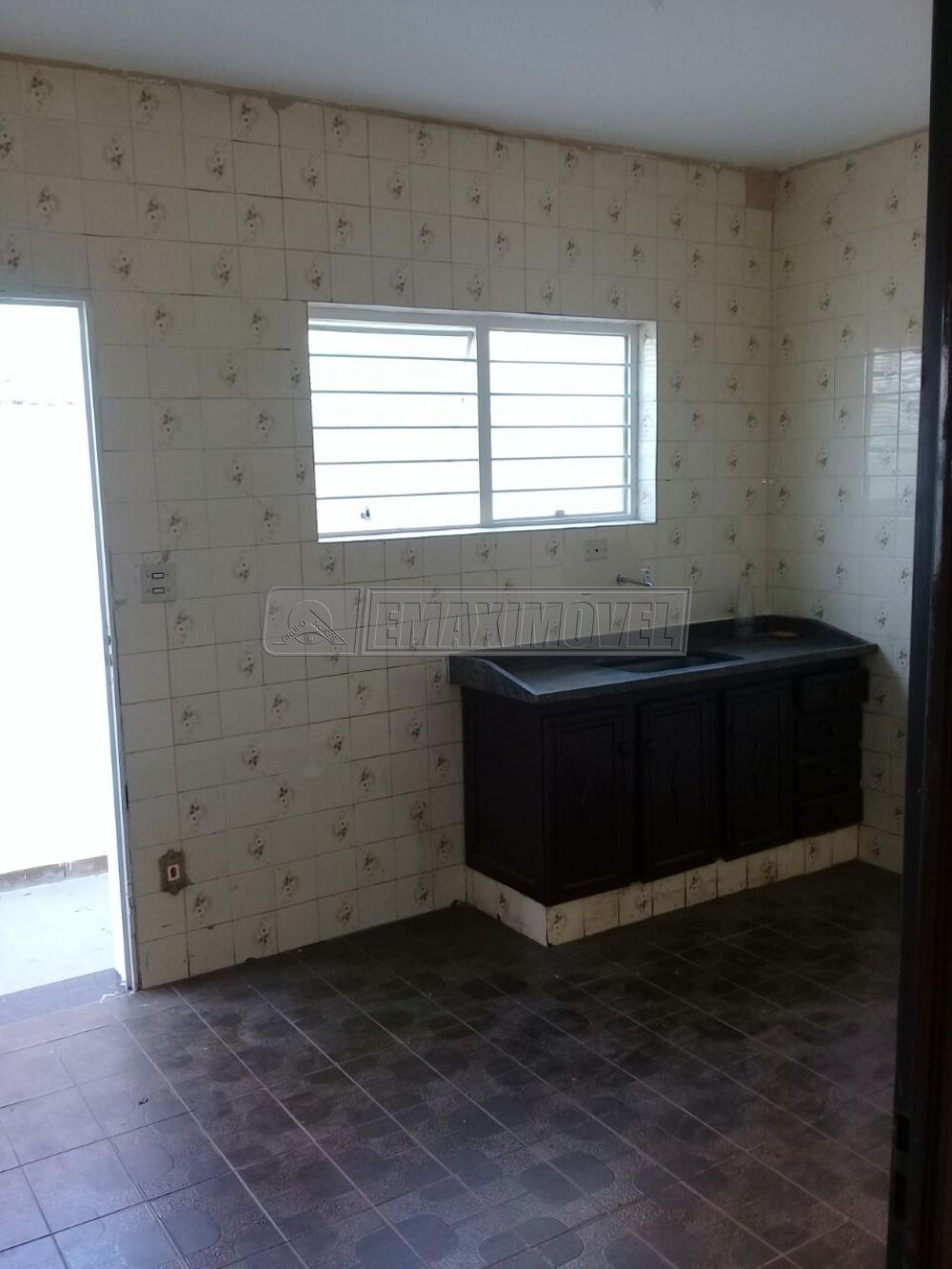 Alugar Casa / em Bairros em Sorocaba R$ 2.000,00 - Foto 5
