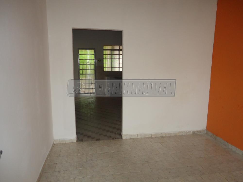 Alugar Casa / em Bairros em Sorocaba R$ 600,00 - Foto 5