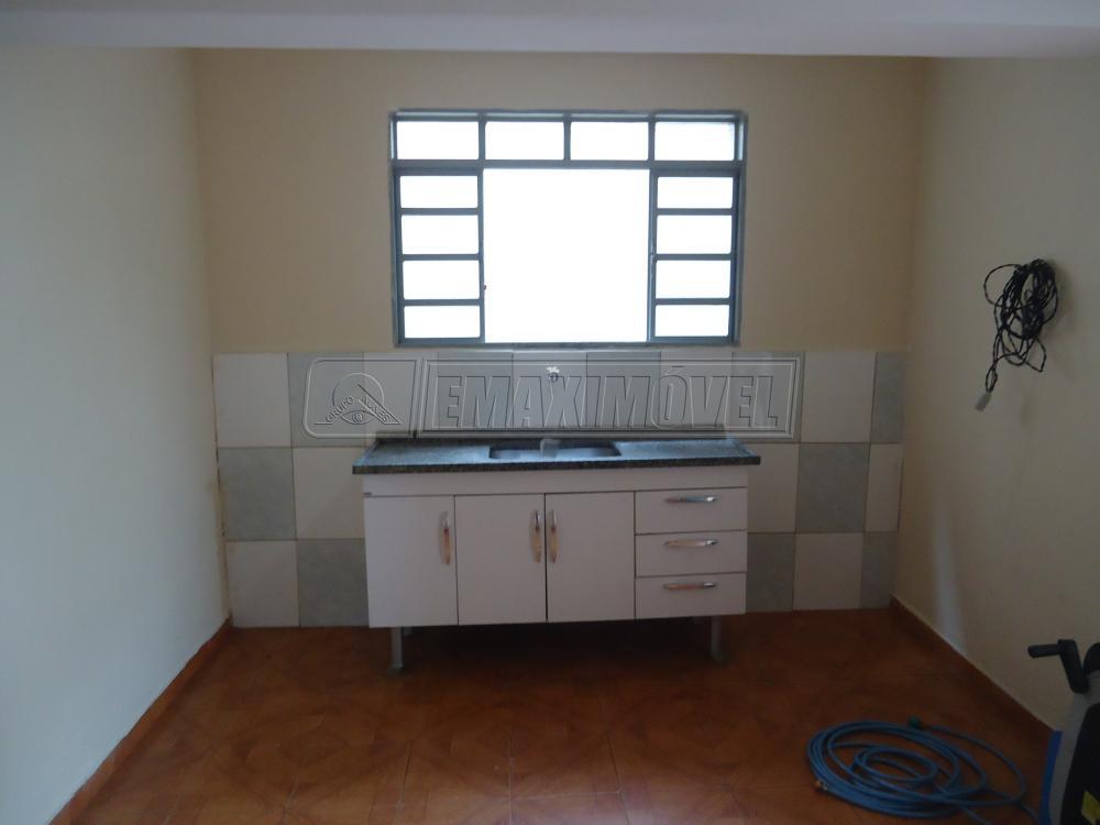 Alugar Casas / em Bairros em Sorocaba apenas R$ 850,00 - Foto 3