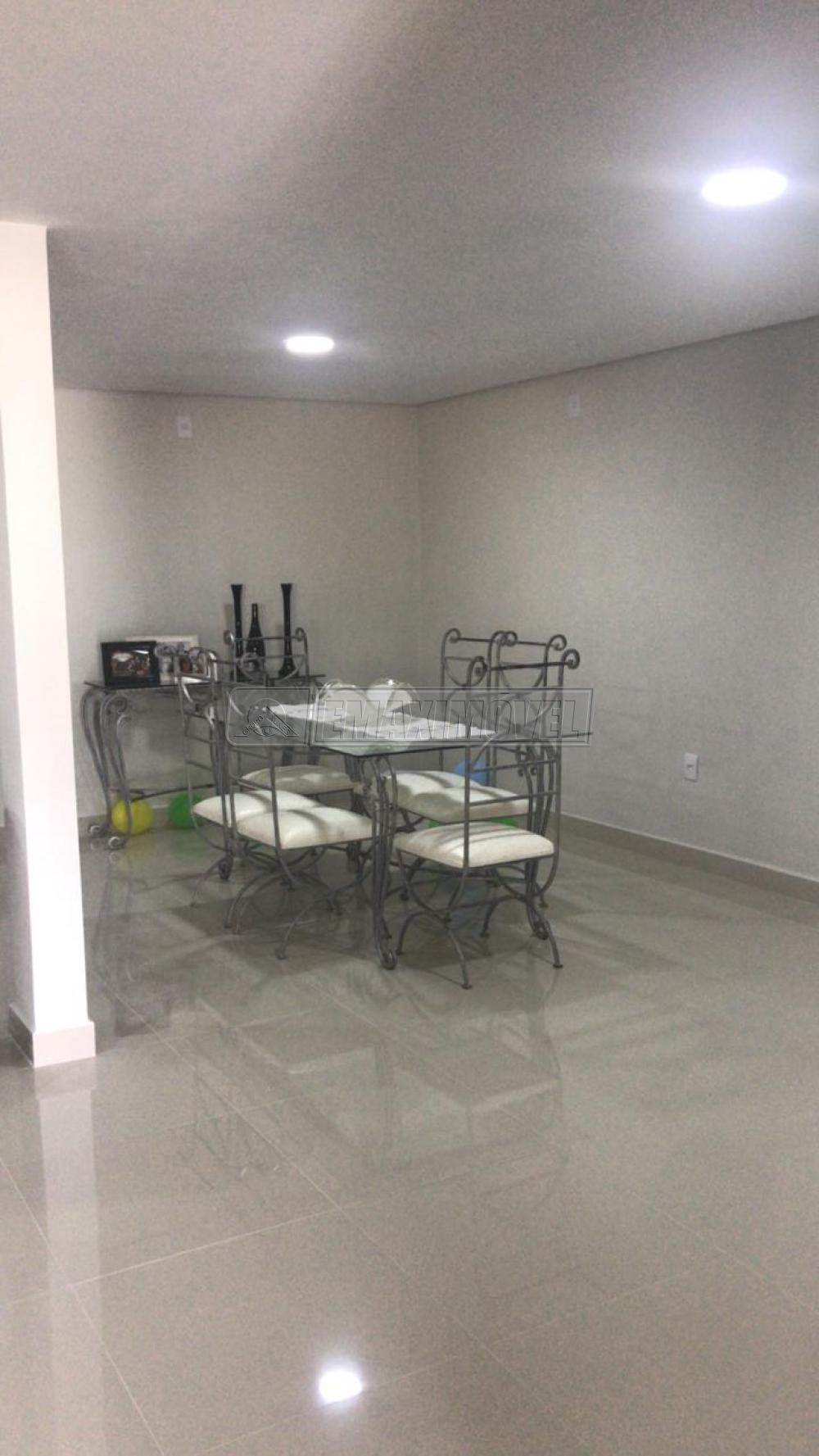Alugar Casa / em Condomínios em Sorocaba R$ 3.030,00 - Foto 2