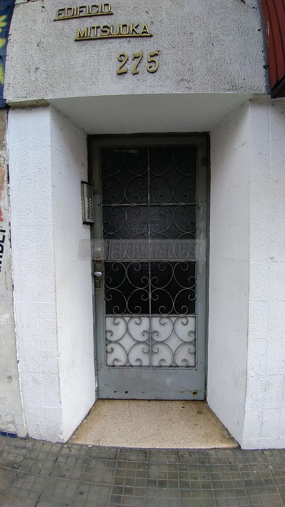 Alugar Casas / em Bairros em Sorocaba R$ 600,00 - Foto 2