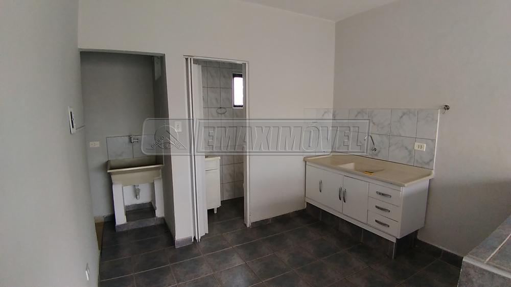 Alugar Casas / em Bairros em Sorocaba R$ 600,00 - Foto 7