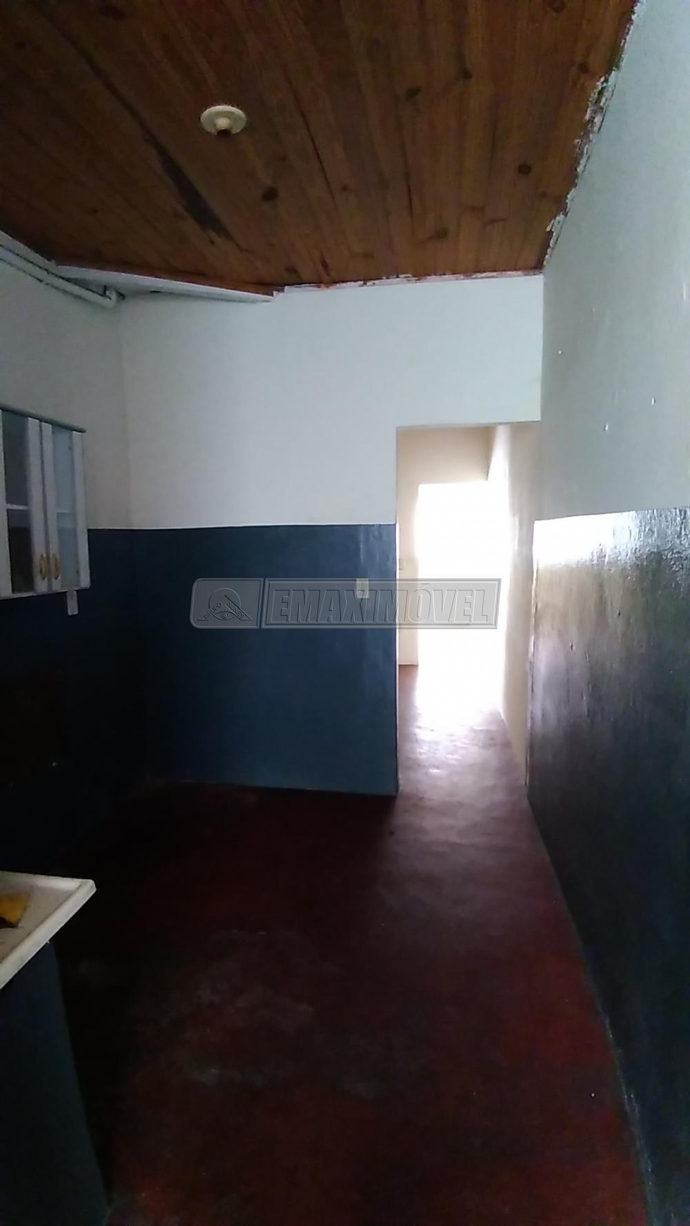 Alugar Casa / em Bairros em Sorocaba R$ 440,00 - Foto 7
