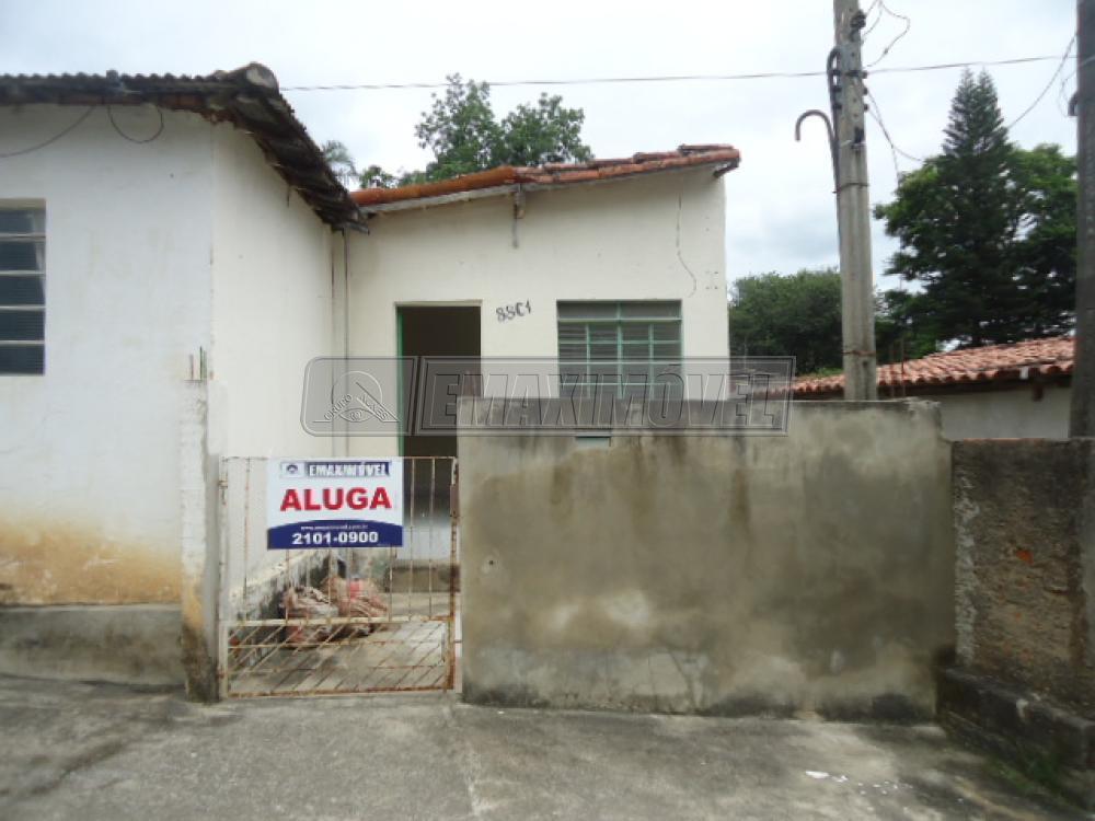 Alugar Casa / em Bairros em Sorocaba R$ 690,00 - Foto 1