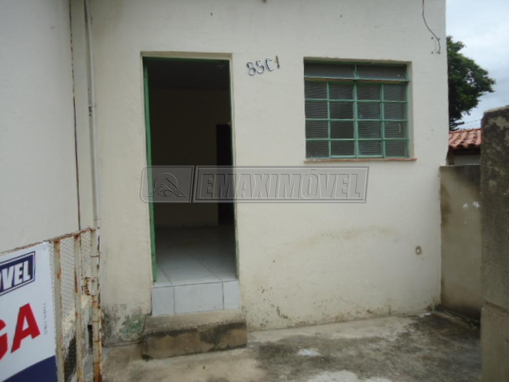 Alugar Casa / em Bairros em Sorocaba R$ 690,00 - Foto 2