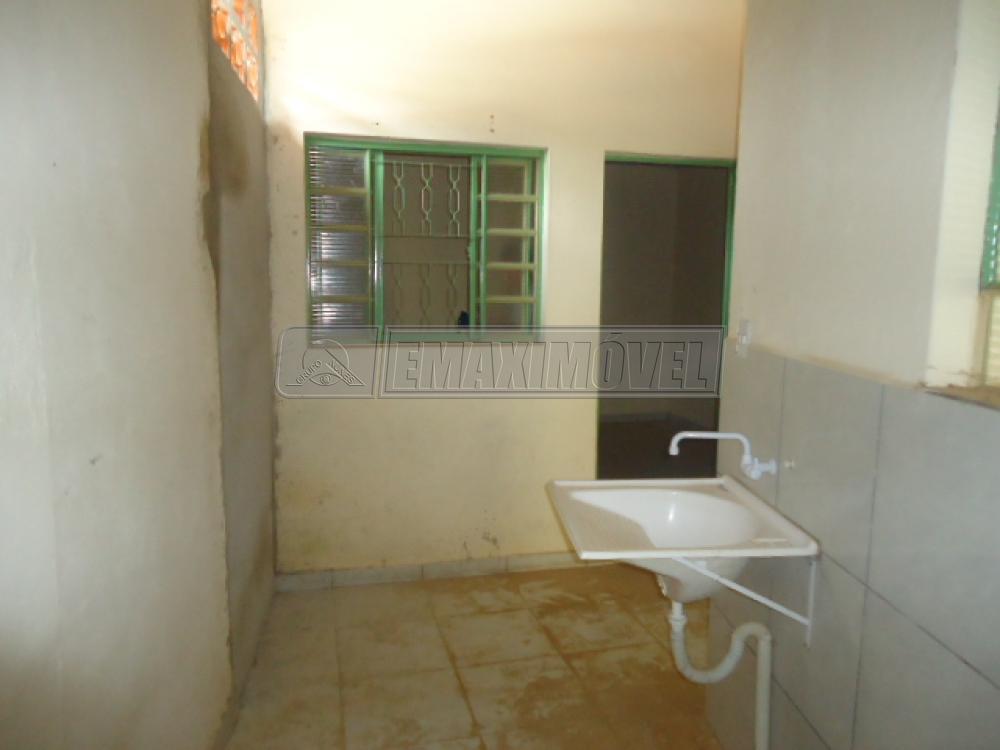 Alugar Casa / em Bairros em Sorocaba R$ 690,00 - Foto 10