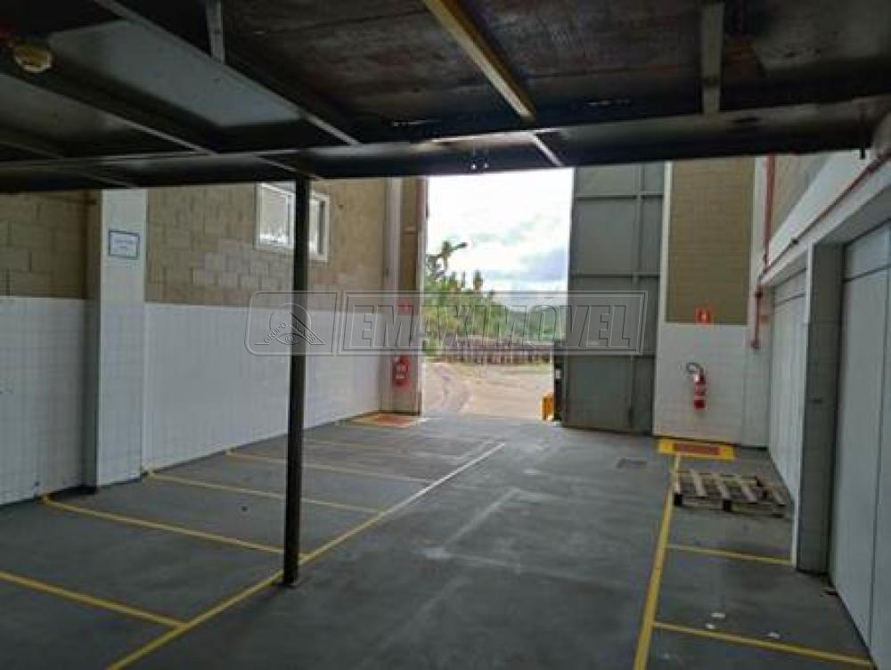Alugar Comercial / Galpões em Condomínio em Alumínio apenas R$ 28.880,00 - Foto 16