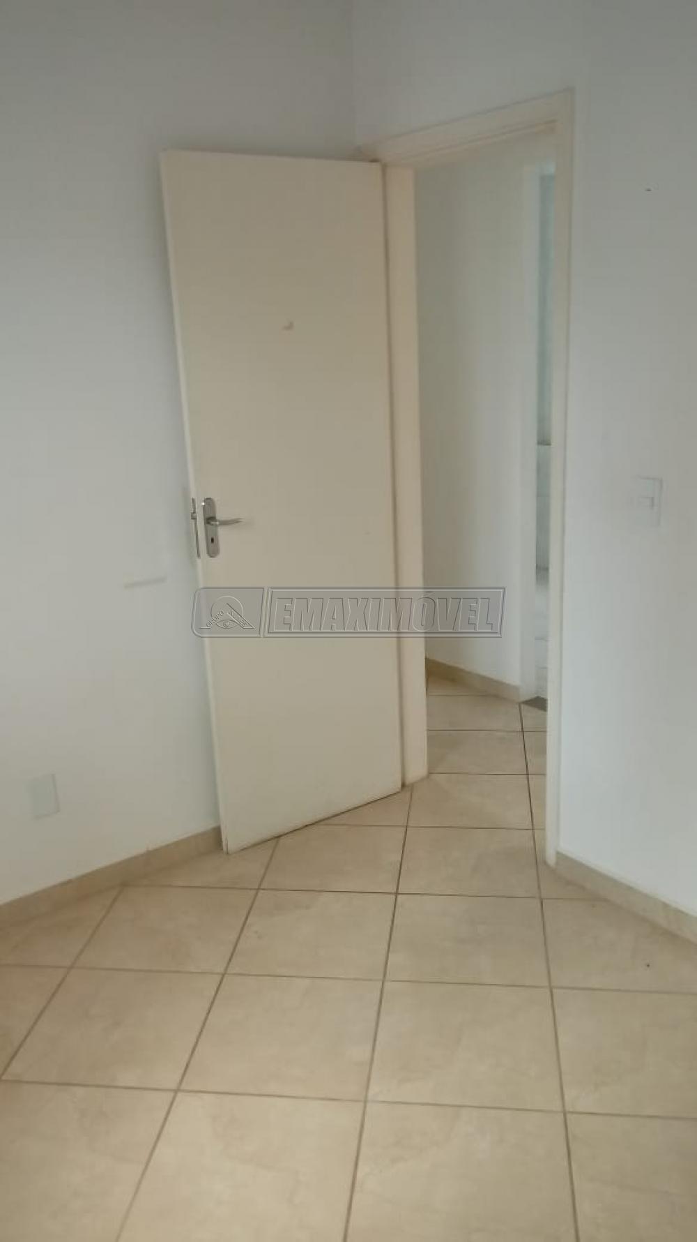 Alugar Apartamento / Padrão em Sorocaba R$ 700,00 - Foto 7