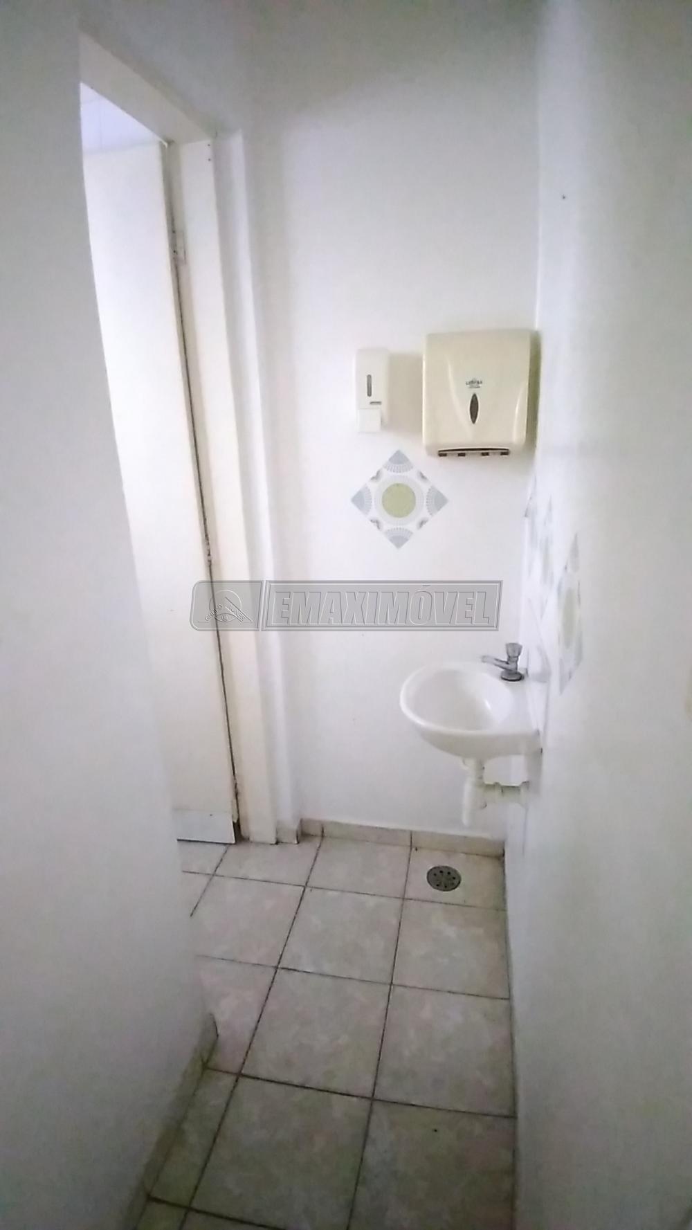 Alugar Comercial / Imóveis em Sorocaba R$ 3.000,00 - Foto 11