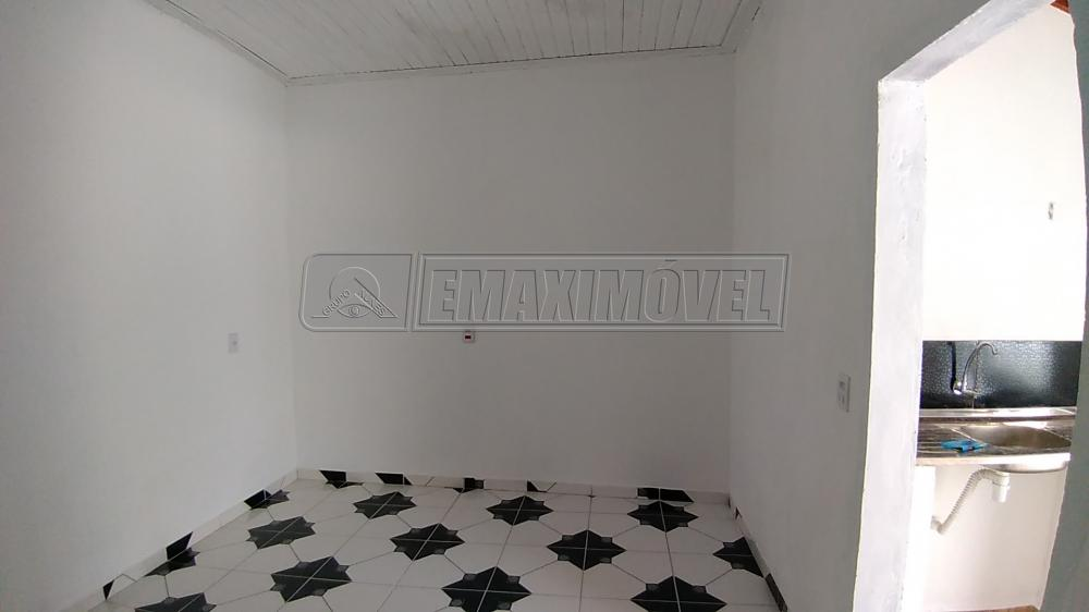 Alugar Apartamentos / Kitnet em Sorocaba R$ 580,00 - Foto 4