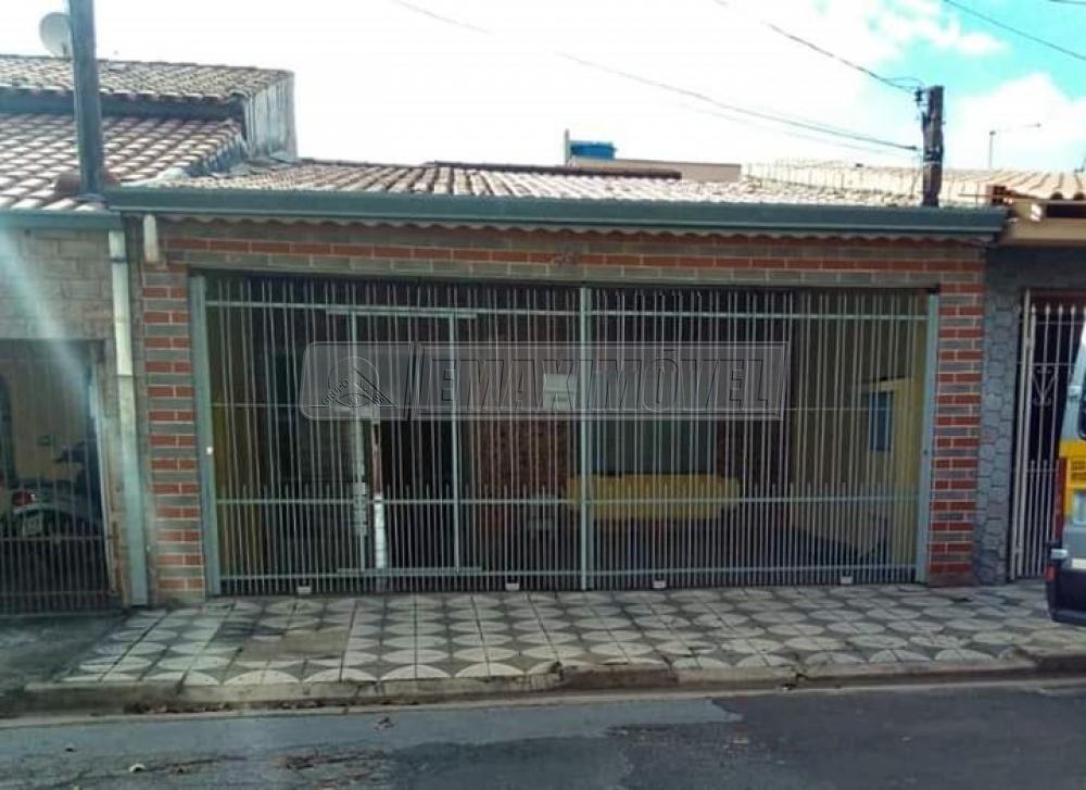Alugar Casa / em Bairros em Sorocaba R$ 900,00 - Foto 1
