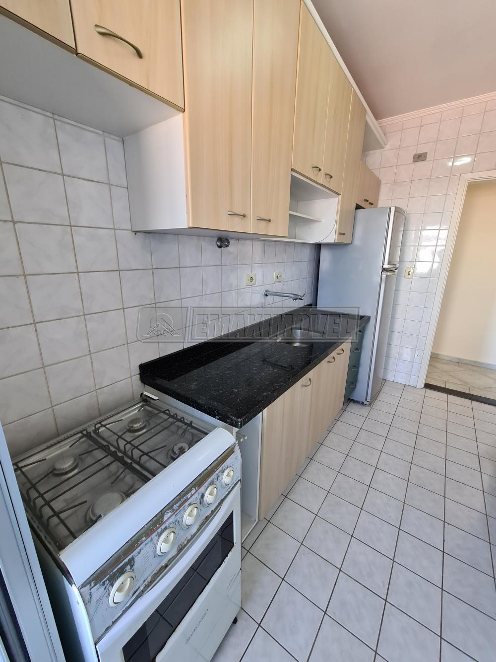 Alugar Apartamento / Padrão em Sorocaba R$ 1.000,00 - Foto 13