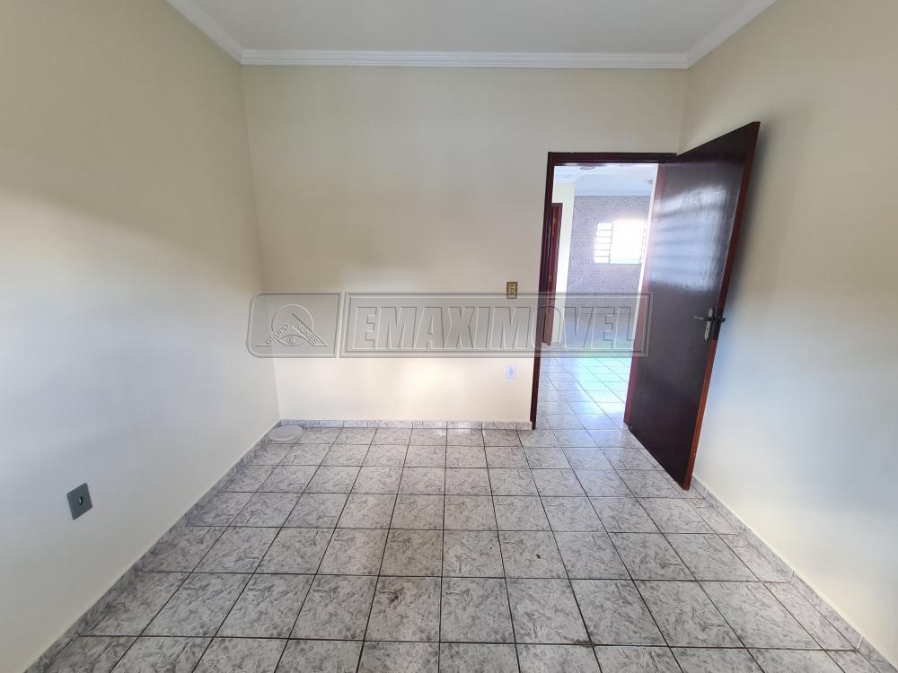 Alugar Casa / em Bairros em Sorocaba R$ 1.100,00 - Foto 7