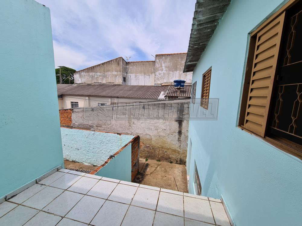 Alugar Casa / em Bairros em Sorocaba R$ 650,00 - Foto 16