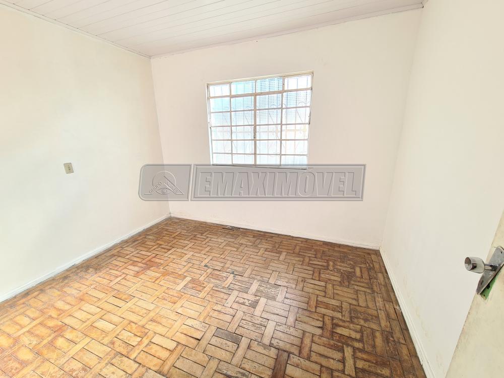 Alugar Casa / em Bairros em Sorocaba R$ 1.000,00 - Foto 4