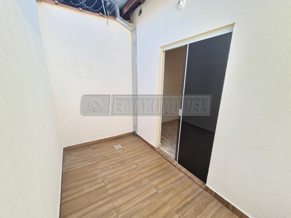 Alugar Casa / em Bairros em Sorocaba R$ 800,00 - Foto 14