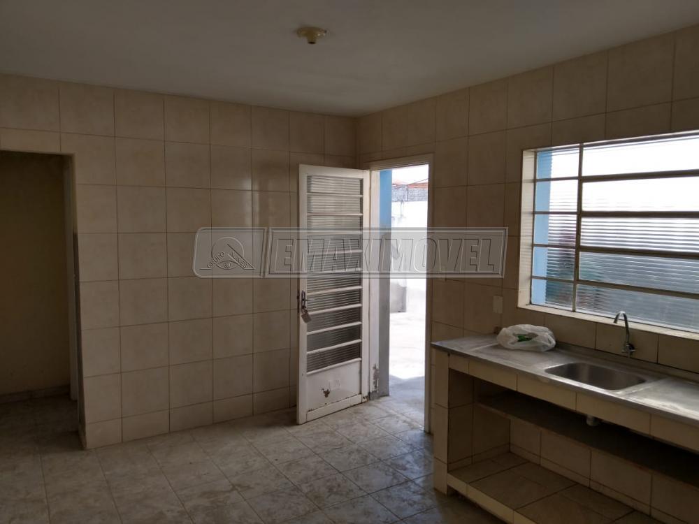 Alugar Casa / em Bairros em Sorocaba R$ 700,00 - Foto 6