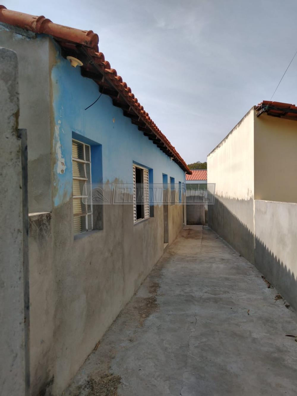 Alugar Casa / em Bairros em Sorocaba R$ 700,00 - Foto 3