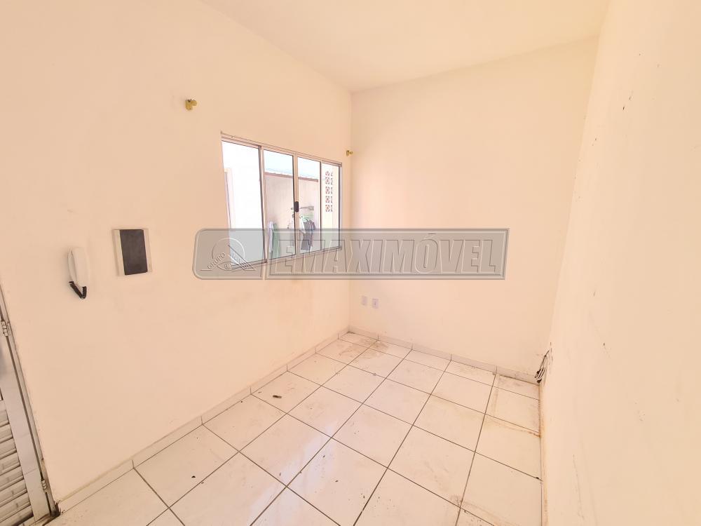 Alugar Casa / em Bairros em Sorocaba R$ 750,00 - Foto 3