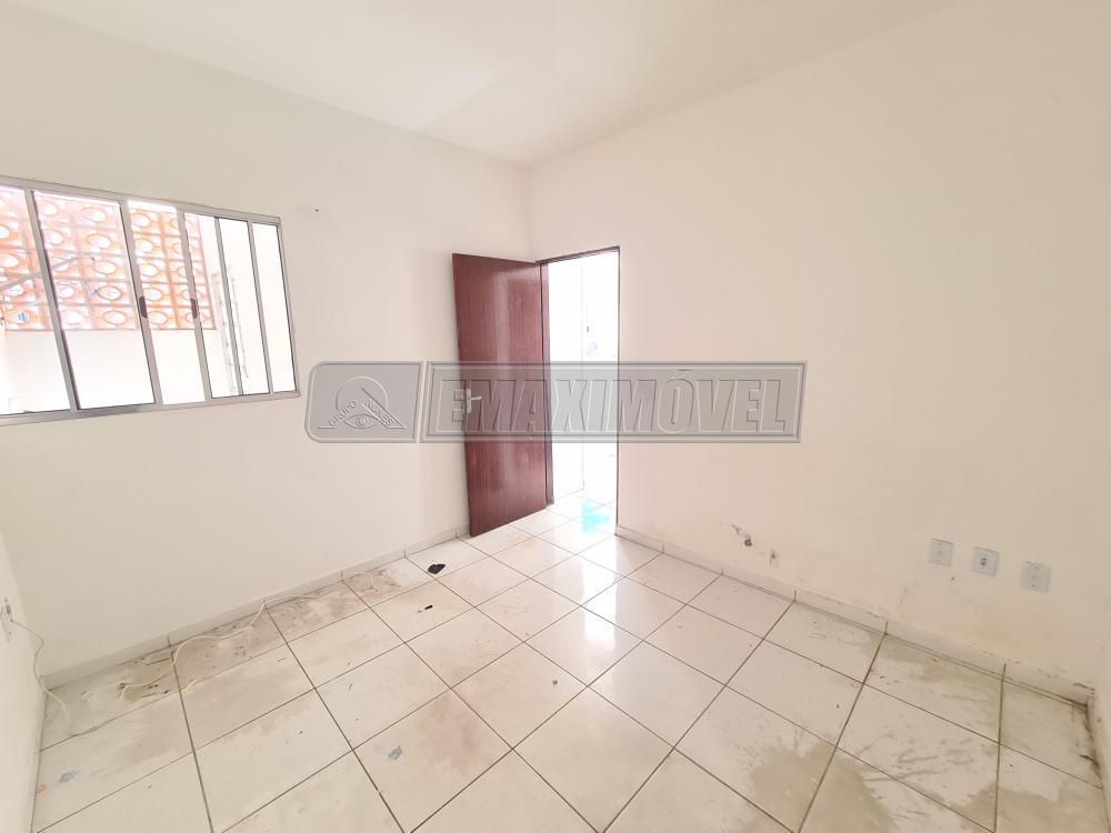 Alugar Casa / em Bairros em Sorocaba R$ 750,00 - Foto 9