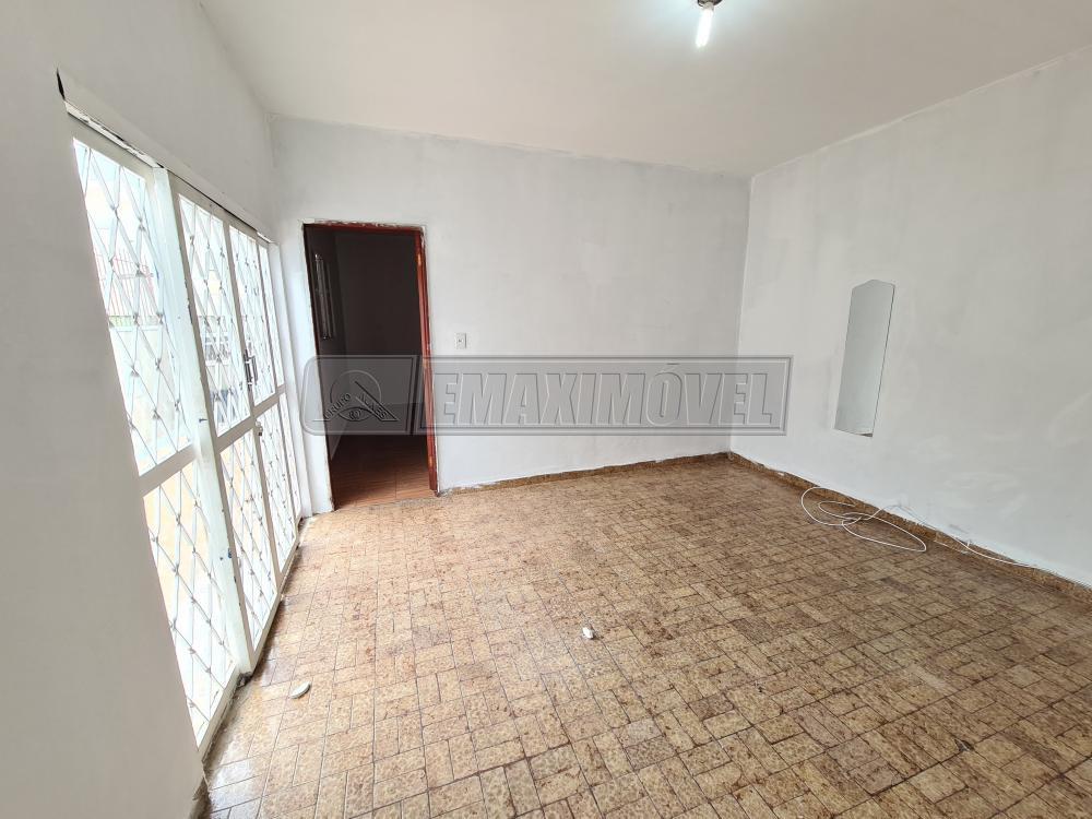 Alugar Casas / em Bairros em Votorantim R$ 850,00 - Foto 2
