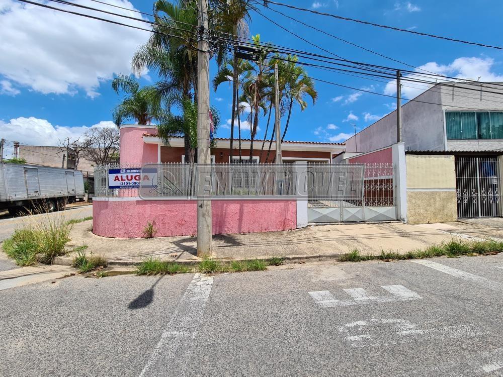Alugar Casa / em Bairros em Sorocaba R$ 2.400,00 - Foto 1