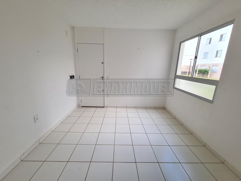 Alugar Apartamentos / Apto Padrão em Sorocaba R$ 700,00 - Foto 3