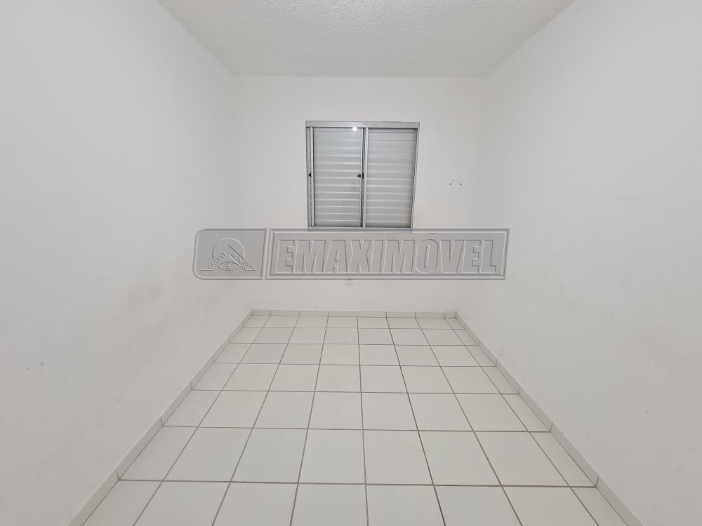 Alugar Apartamentos / Apto Padrão em Sorocaba R$ 700,00 - Foto 4