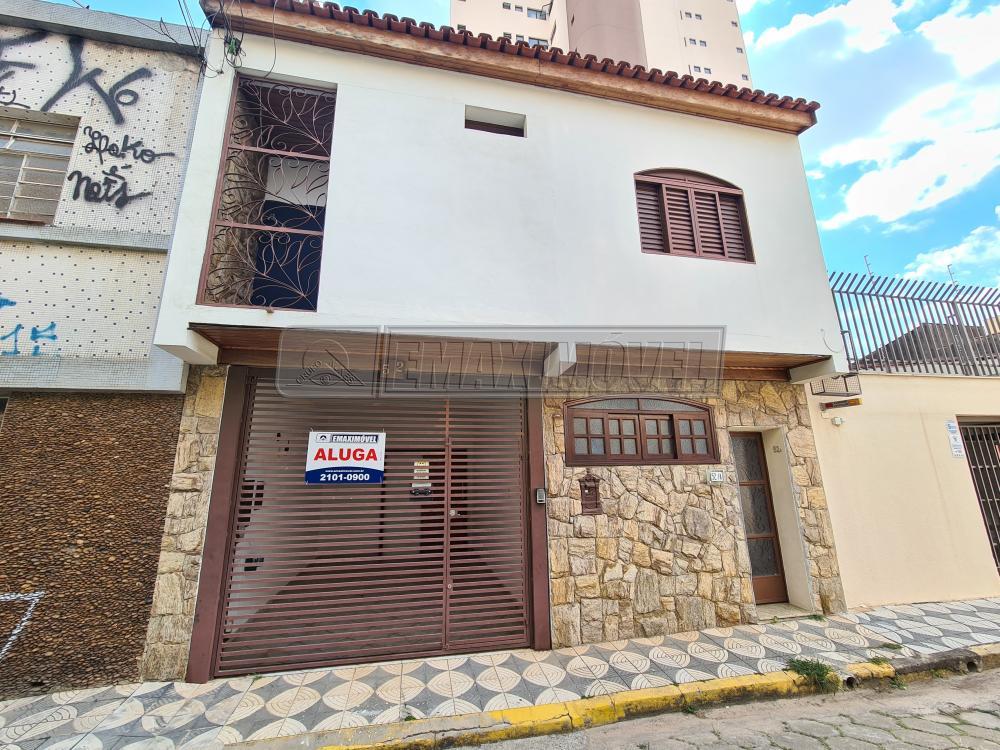Alugar Casas / em Bairros em Sorocaba R$ 2.200,00 - Foto 1